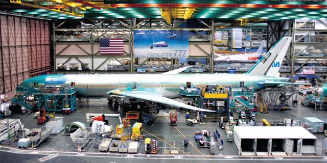 בואינג רשמה הפסד שיא ב-2020 ודחתה את תחילת הפעילות של הדגם 777-X