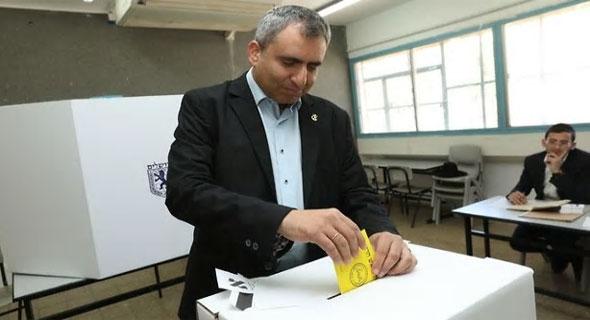 זאב אלקין ביום הבחירות לרשויות המקומיות