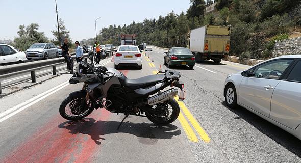 מחלף מוצא ליד ירושלים, צילום: עמית שאבי