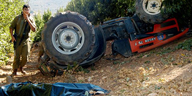 תאונות גם בשדות ובבתי החרושת: אחד התחשמל, אחד נשרף בלול