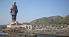 פוטו הפסלים הגבוהים בעולם הודו, צילום: רויטרס