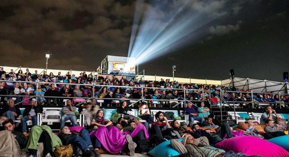"""הקרנה מתחת לכיפת השמים ב""""סרטים בערבה"""" 2017. אלטרנטיבה לפסטיבלים הגדולים, צילום: אדוארד קפרוב"""