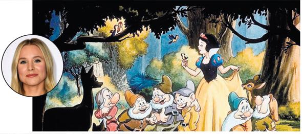 """קריסטן בל לצד """"שלגייה"""". משתמשת בסיפור כדי להמחיש לבנותיה את הצורך בהסכמה הדדית בין המינים, צילום: © Wald Disney Studios Home Entertainment"""