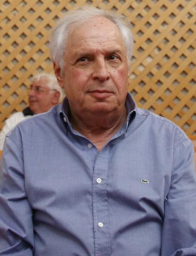 שאול אלוביץ' בבית המשפט העליון, באוגוסט