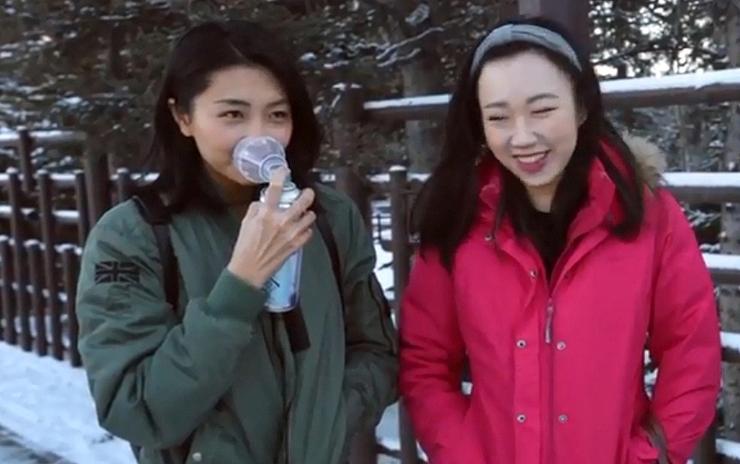 """בקבוקי אוויר של ויטליטי אייר. """"השאיפה שלנו היא להקים תחנות מילוי אוויר בערים, כמו תחנות דלק"""", צילום: youtube - Vitality Air"""