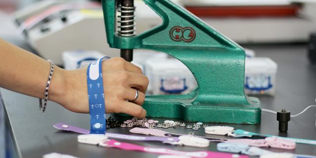 יזמות מכורח - הנשים שהקימו עסק מחוסר ברירה