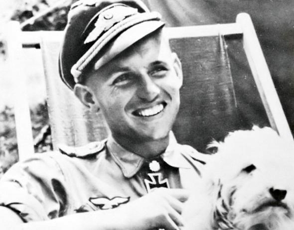 אריך הרטמן, אלוף העולם בהפלת מטוסים, שהשיג את הפלותיו במטוס ME109