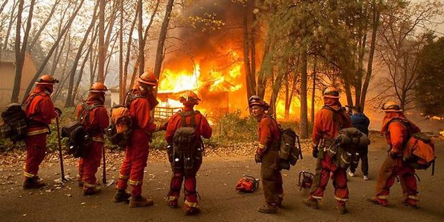 שריפות הענק בקליפורניה: מניין ההרוגים עלה ל-25
