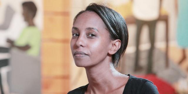 מבט בעור אחר: ממיט וורקה מציירת את היומיום של יוצאי אתיופיה