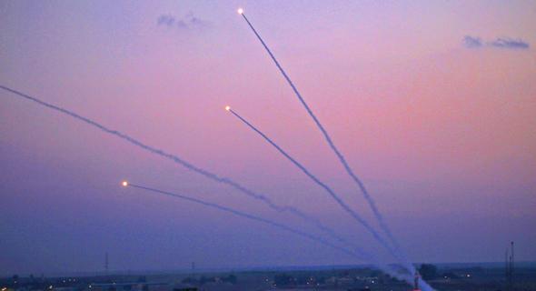 ירי רקטות עזה חמאס, צילום: איי אף פי