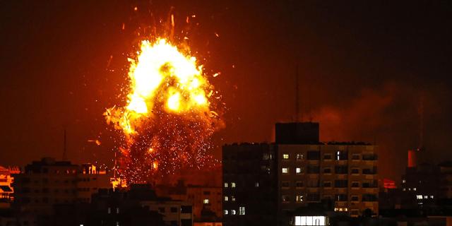 """מבנה תחנת הטלוויזיה של חמאס הושמד. צה""""ל: """"יותר מ-300 שיגורים זוהו מהרצועה"""""""