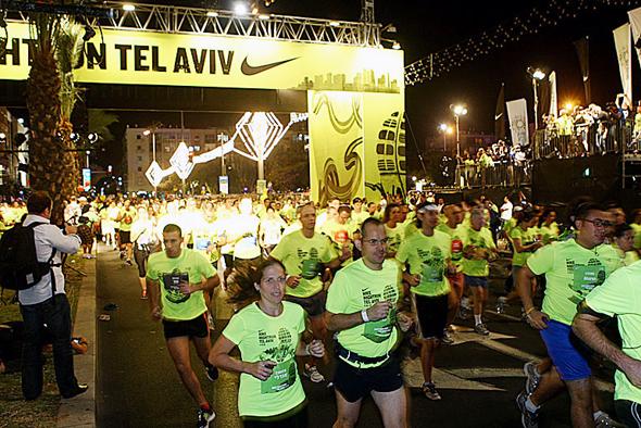 מירוץ הלילה מירוץ לילה נייקי תל אביב 2011, צילום: אוראל כהן