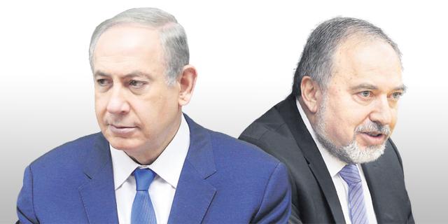 מימין: שר הביטחון אביגדור ליברמן וראש הממשלה בנימין נתניהו, צילום: אלכס קולומויסקי, עמית שאבי