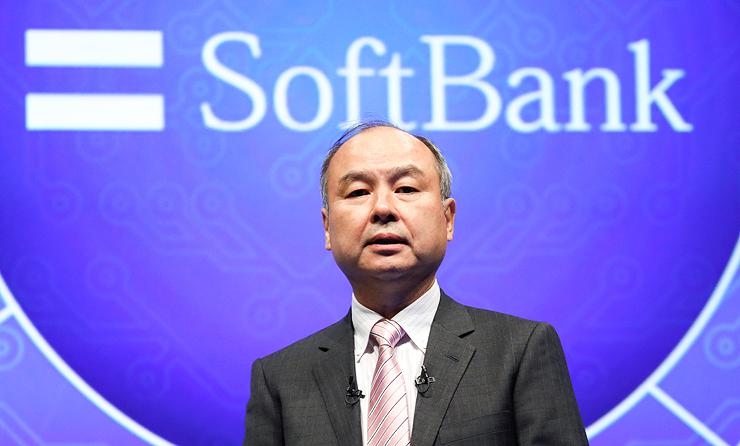 מסיושי סאן, מייסד סופטבנק. הוביל שני סבבי השקעות של 850 מיליון דולר בקומפאס