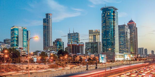המשרדים מעשירים את בני ברק, חיפה דורכת במקום