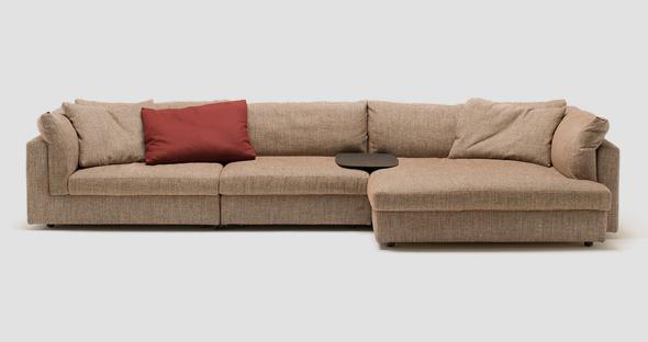 ספה מדגם Floyd בעיצוב ליסוני. חזרה לצבעים בהירים