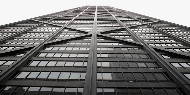 פחד גבהים: הכבל התנתק - והמעלית צנחה 84 קומות