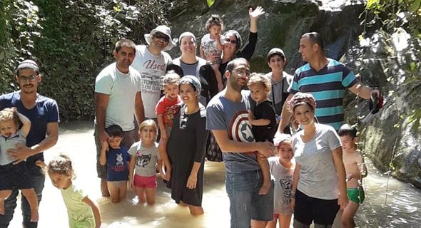 משפחות מהשכונה