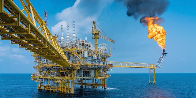"""""""כולם ייפגעו"""": בכירים בתעשיית האנרגיה חוששים מהתרסקות הנפט"""