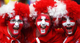 אוהדי כדורגל שווייץ, צילום: amazon