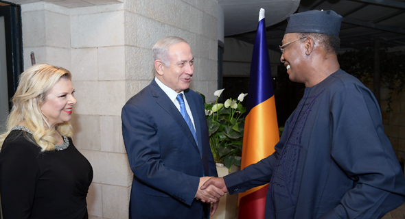 Idriss Deby and Benjamin Netanyahu. Photo: Amos Ben Gershom, GPO