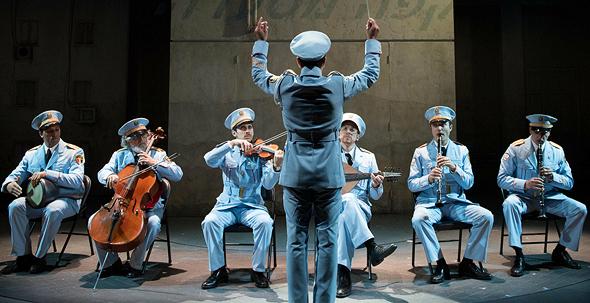 """""""ביקור התזמורת"""". סיפור קטן, גאווה לאומית ענקית, צילום: Ahron R. Foster"""