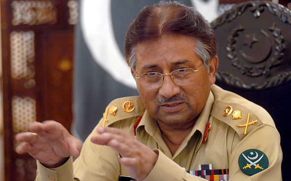 """נשיא פקיסטן בעבר פרבז מושארף, שבוקארי היה דוברו. """"בארה""""ב הוא מתארח רק אצלי"""""""