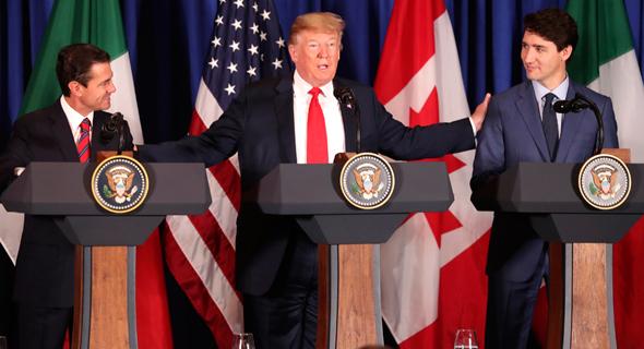 """מימין, רה""""מ קנדה טרודו, נשיא ארה""""ב טראמפ ונשיא מקסיקו לשעבר אנריקה פניה נייטו, צילום: Martin Mejia"""