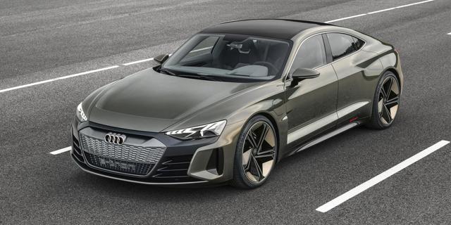 אאודי חושפת: e-tron GT - מכונית ספורטיבית וחשמלית