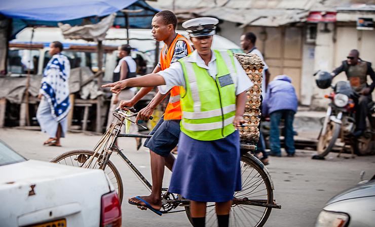 שוטרת תנועה במלאווי