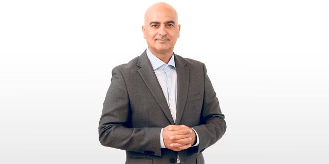 חנן מור, בעל השליטה בחברה הנושאת את שמו, צילום: אלעד גרשגורן
