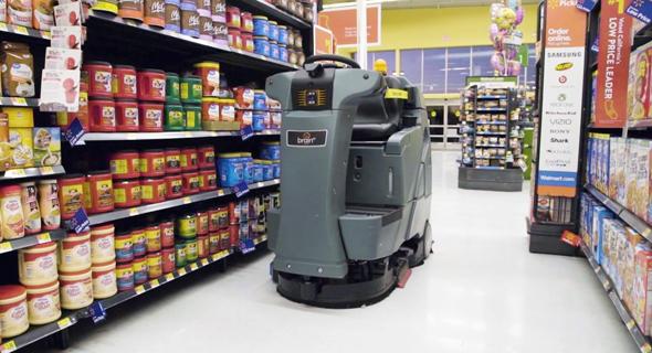 רובוטי ניקיון של וולמארט, צילום: courtesy of Walmart
