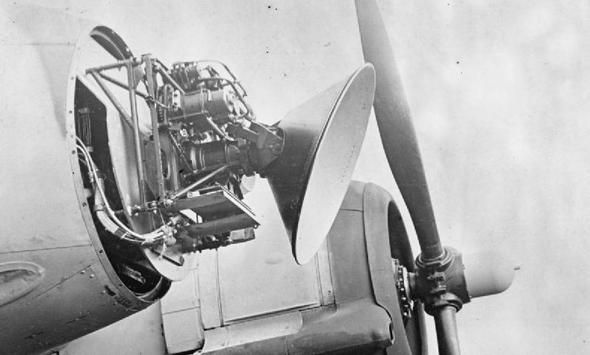"""מכ""""מ היירוט האווירי הראשון, צילום: wikipedia"""