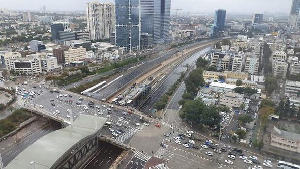 Tel AViv. Photo: Roi Tauzer