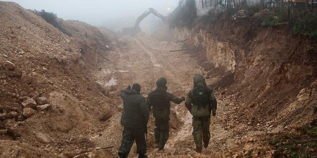 """פעילות כוחות צה""""ל בגבול הצפון, צילום: דובר צה""""ל"""