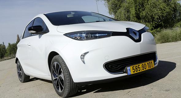 Electric Car (illustration). Photo: Amit Sha'al