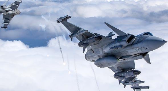 מטוסי גריפן מן החזית, צילום: SAAB