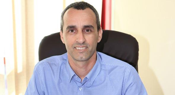 גיל מלכה מנהל קו עסקים שירותים מהירים בדואר ישראל, צילום: ynet