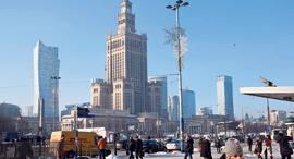 מרכז העיר ורשה פולין, צילום: בלומברג