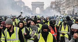 האפודים הצהובים, פריז, צילום: אם סי טי