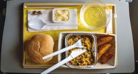 אוכל במטוס טיסה תעופה, צילום: שאטרסטוק