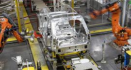 מפעל יגואר לנד רובר, צילום: גטי אימג'ס