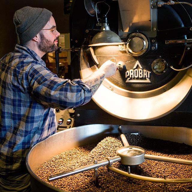 מוסף שבועי 3.1.19 וורלד קאפ קליית פולים בסניף טובי'ס קפה ב ברוקלין, צילום: Tobys caffe