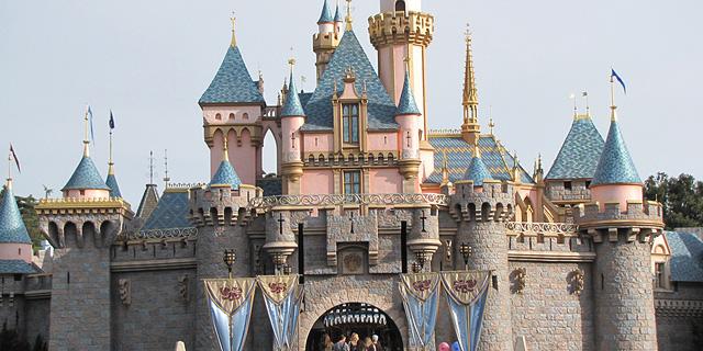 דיסני העלתה את מחיר הכניסה לפארקי השעשועים שלה בקליפורניה ביותר מ-10%