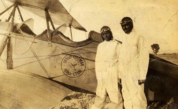 """טייסים בבית הספר ע""""ש בסי קולמן, צילום: NASM"""
