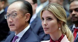אייונקה טראמפ ו נשיא הבנק העולמי הפורש ג'ים יונג קים, צילום: רויטרס