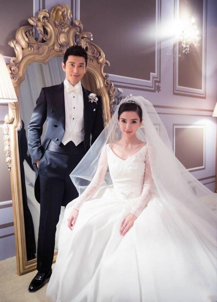 השמלה של אנג'לבייבי - עיצוב: דיור