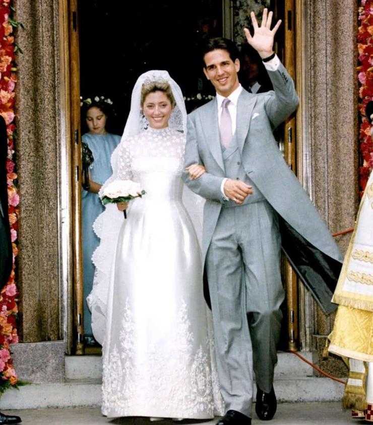 שמלת חתונה מארי שנטל מילר, עיצוב: ולנטינו