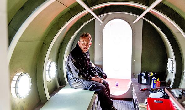 מדסן הרוצח בתוך הצוללת שבנה לעצמו. טען שקים מתה בצוללת עקב תאונה