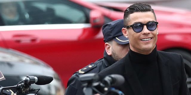 כריסטיאנו רונלדו: הכדורגלן המיליארדר הראשון